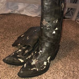 Practically new cowboy boots
